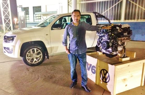 VW Amarok, com destaque para o bloco V6 3.0